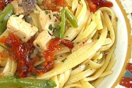 linguine al pesce spada con pomodori secchi e fagiolini