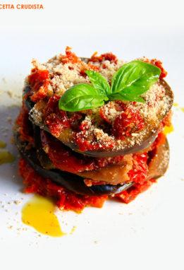 parmigiana crudista con pomodori secchi