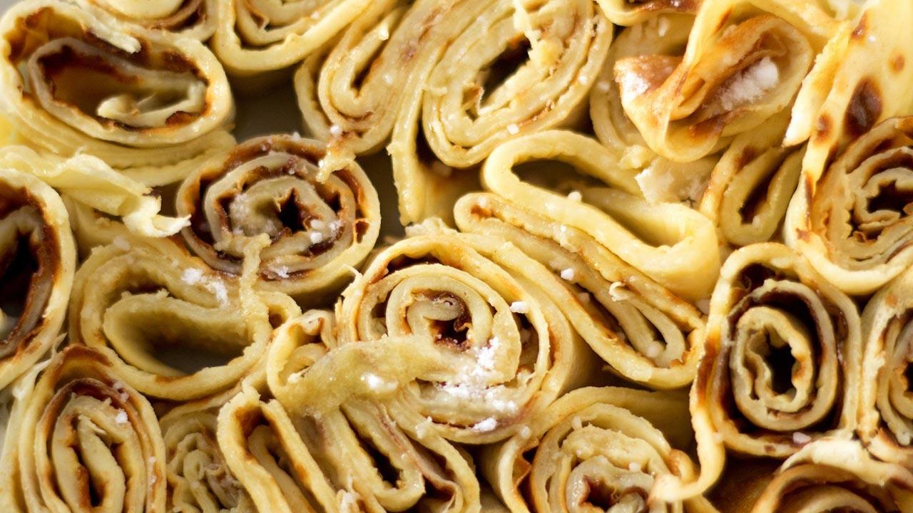tortino di crepes con pomodori secchi, zucchine e ricotta primo sale