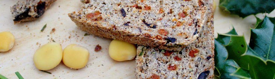 Pane ai pomodorini secchi con crema di lupini ispirato a I Malavoglia