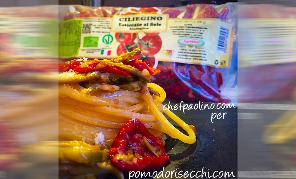 Spaghetti carciofi e ciliegino essiccato al sole bio