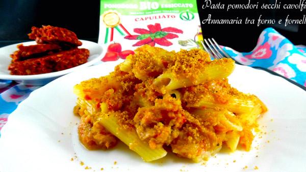 pasta-con-capuliato-pomodori-secchi-tritati