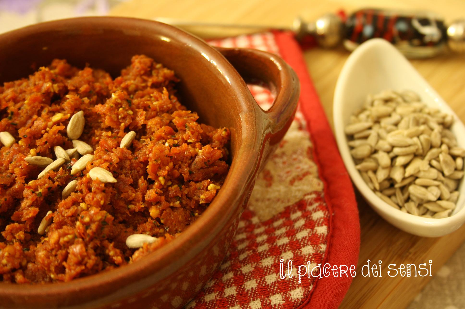 Pesto-di-pomodorini-secchi-con-semi-di-girasole