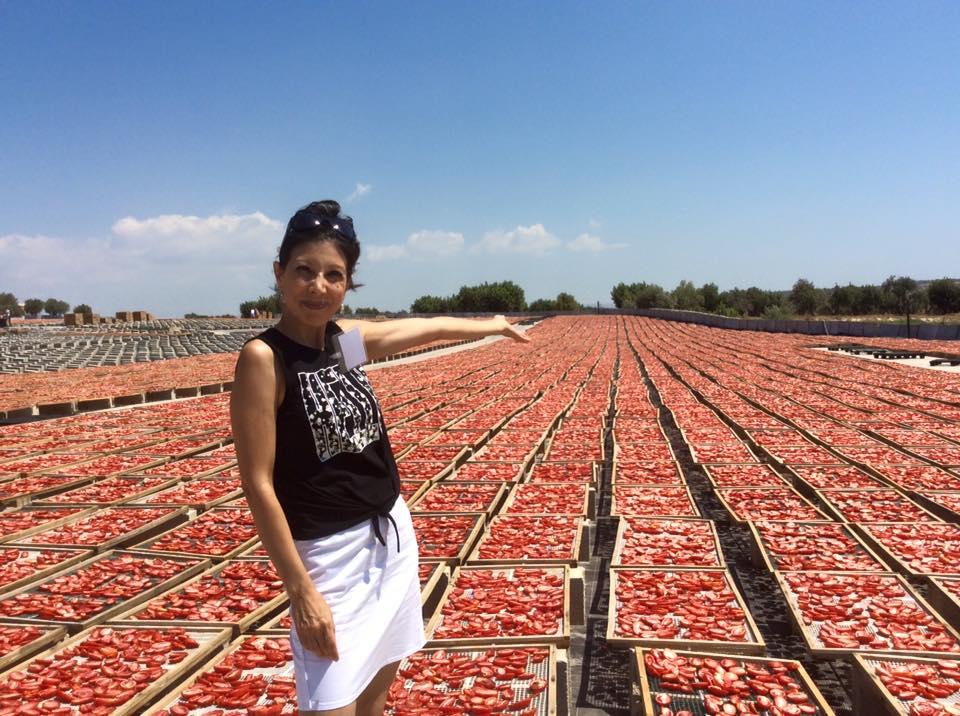 Oggi vedo ovunque rosso by Gianna Bozzali
