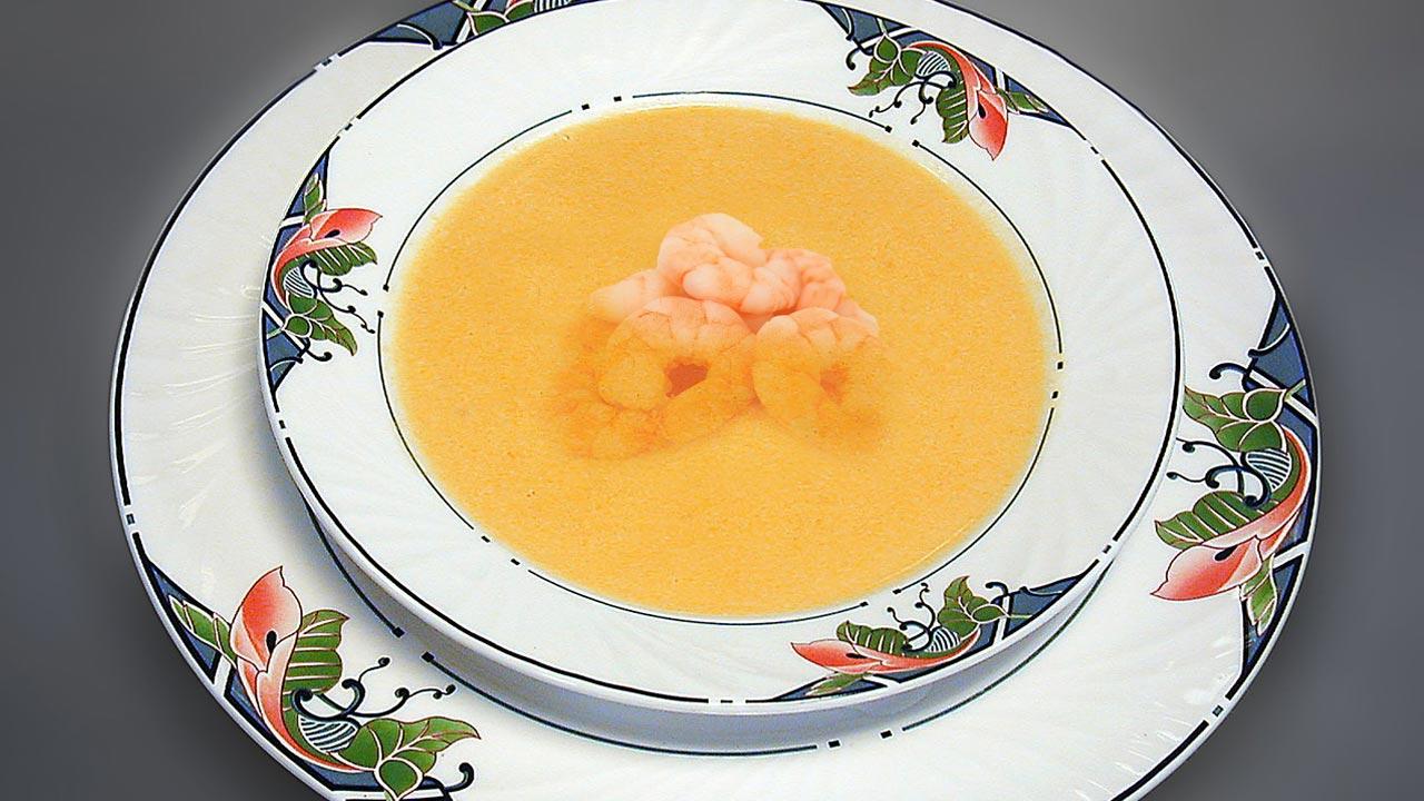 zuppa di gamberoni con pomodori secchi biologici