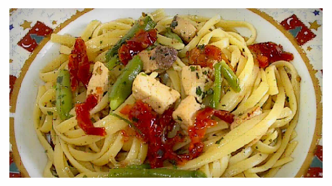 Linguine pesce spada con pomodori secchi e fagiolini