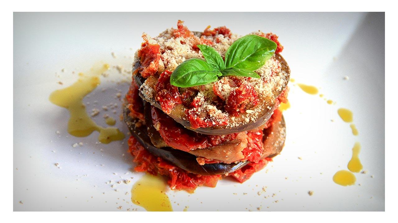 Parmigiana crudista con pomodori secchi biologici - Agriblea