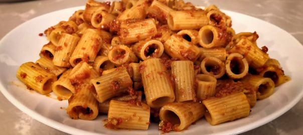 Mezze maniche con Capuliato (primo piatto veloce)